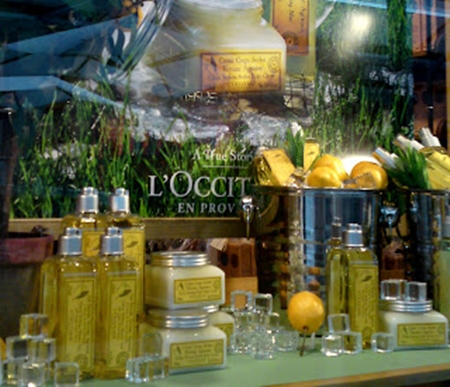 L`Occitane en Provence Verbena Mint Collection